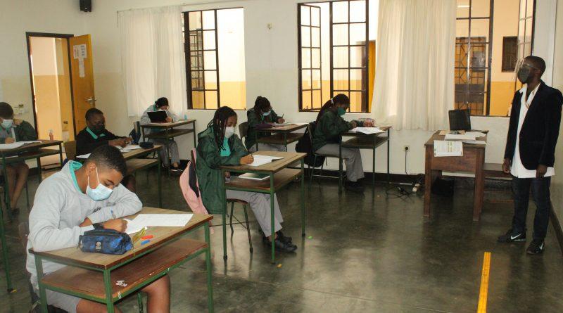 Retoma às aulas presenciais